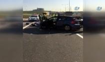 İstanbulda kontrolden çıkan araç tıra çarptı: 2 ölü