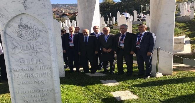 Başkan Karabacak, İzzetbegoviçin anma törenine katıldı