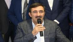 AK Parti Genel Başkan Yardımcısı Cevdet Yılmaz Bingölde