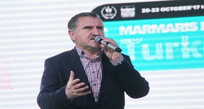 Türkiye Rallisinin startını Spor Bakanı Bak verdi