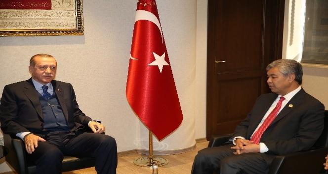 Cumhurbaşkanı Erdoğan, Malezya Başbakan Yardımcısını kabul etti