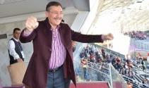 Gökçek, Osmanlıspor - Kardemir Karabükspor maçını izledi