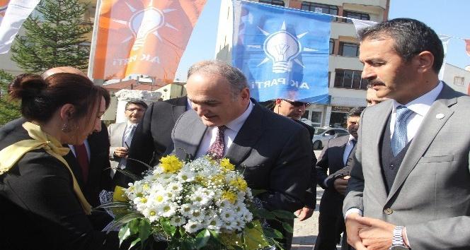 """Bakan Özlü: """"Muhalefetin gözü Edirne'den ötesini göremiyor"""""""