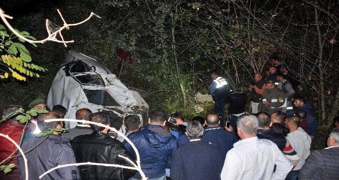 Kestane işçilerini taşıyan araç uçurumdan yuvarlandı: 3 ölü 1 yaralı
