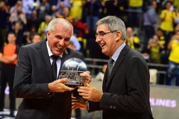 Fenerbahçe Doğuş: 81 Anadolu Efes:70