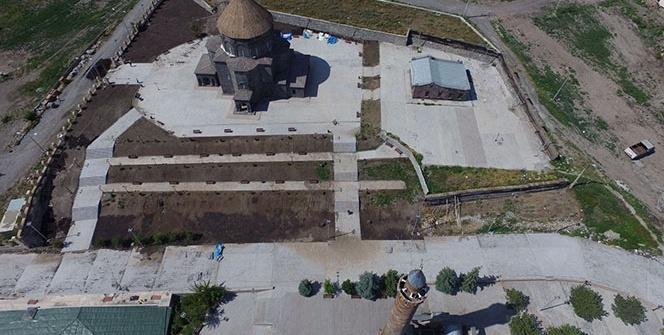 Hazreti Harakani Külliyesi ve Evliya Cami havadan görüntülendi