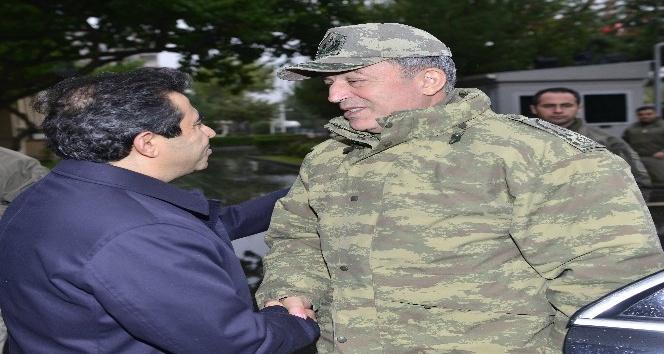 Orgeneral Akar, Diyarbakır Valiliğini ziyaret etti