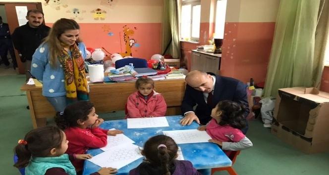 Kaymakam Dülgeroğlu okulları inceledi