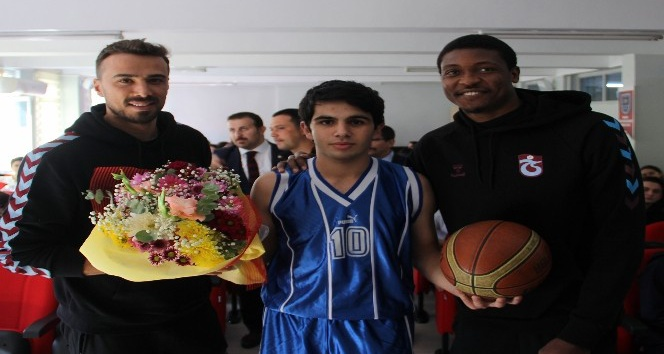 Trabzonspor Basketbol'un sosyal projeleri devam ediyor