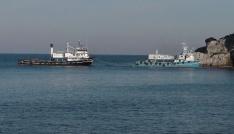 Amasrada balıkçı gemisi karaya oturdu