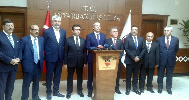 Eker'den Diyarbakır'daki operasyonla ilgili açıklama