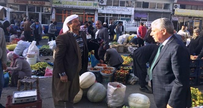 Başkan Karamehmetoğlu'ndan esnaf ziyareti