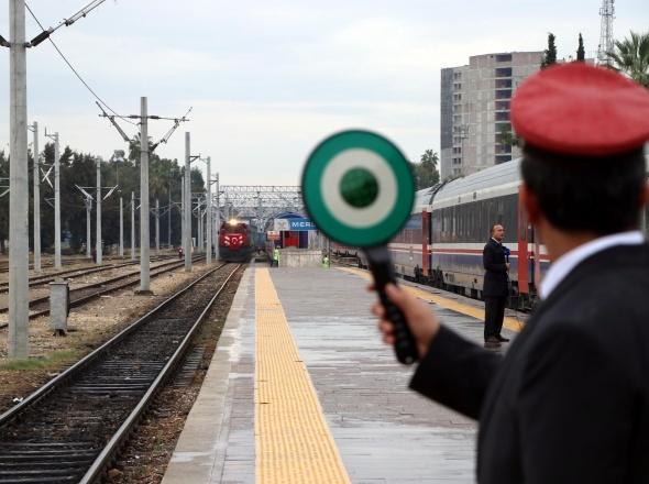 Bakü-Tiflis-Kars Demiryolu'nda ilk tren Mersin'e hesaplanandan 10 saat erken ulaştı
