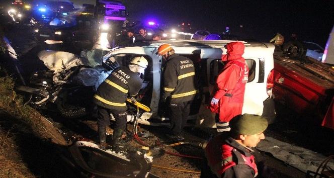 TEM'de zincirleme kaza: 1 ölü, 7 yaralı