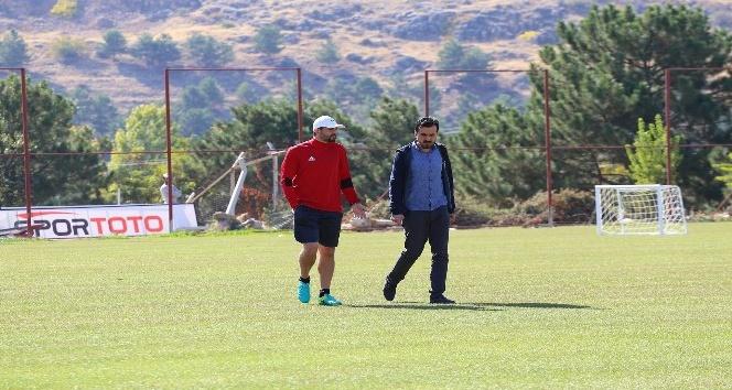 E. Yeni Malatyaspor Azubuike'ye kavuşuyor