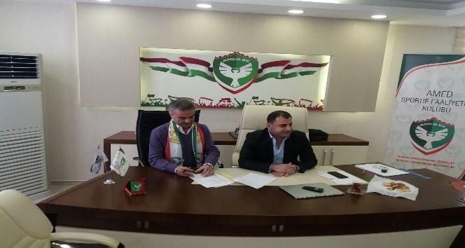 Amed Sportif Faaliyetler Ahmet Akcan'la anlaştı