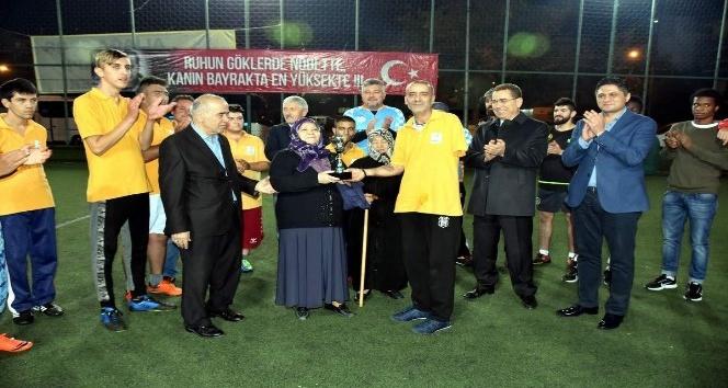 Şehit Oğuz Özgür Çevik turnuvasında anlamlı karşılaşma