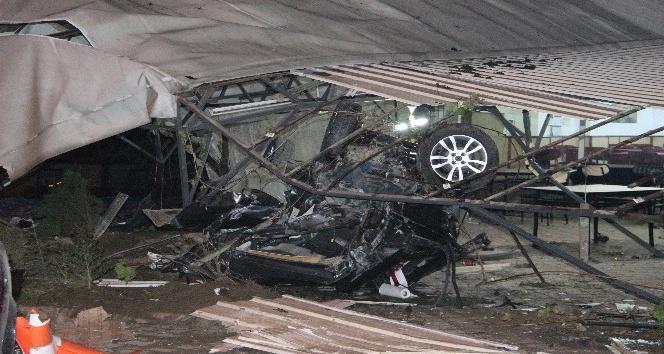 Tanker 6 aracı biçti: 2 kişi öldü, 3 kişi yaralandı