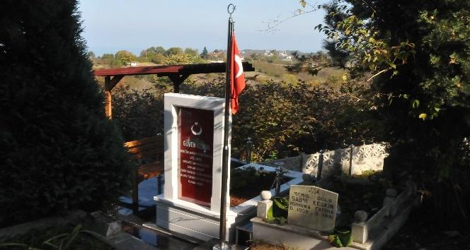 Şehidin mezarı yenilendi