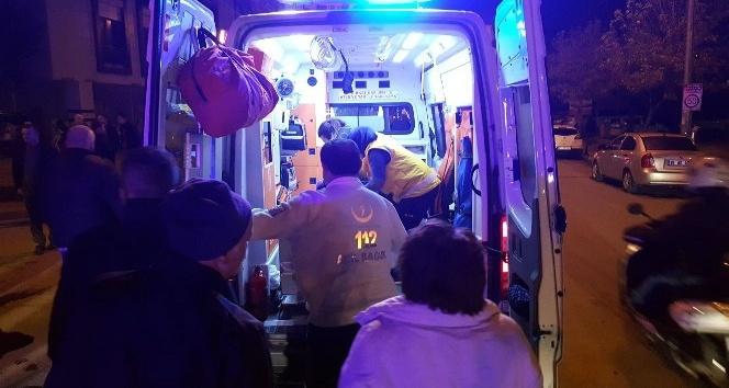 Motosiklet ticari taksiye çarptı: 1 yaralı