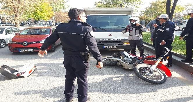 Başkent'te bir araç takla attı: 1 yaralı