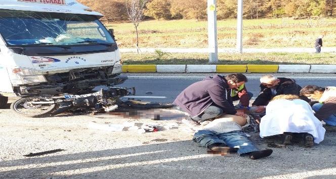 Kamyonla çarpışan motosiklet sürücüsü öldü