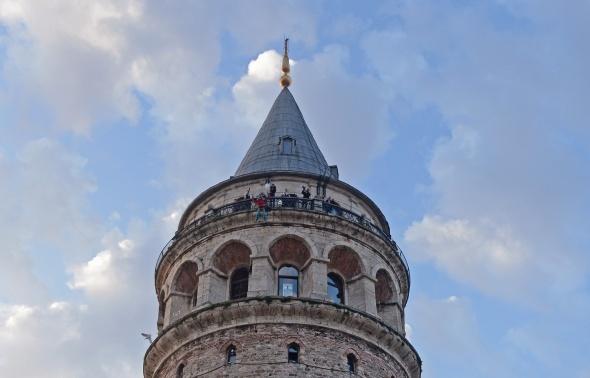 Galata Kulesi'nden ikinci Hezarfen atlayışı