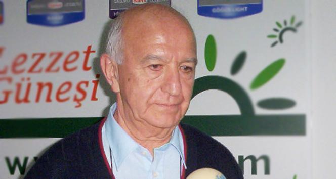 Türk basketbolunun duayen ismi Mehmet Baturalp, vefat etti