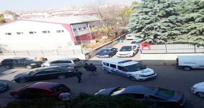 Başkent'te polisten kaçan şüphelilerin kullandığı araç polise çarptı