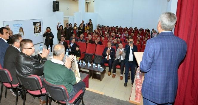 Başkan Polat, Hababam Sınıfı oyuncularıyla bir araya geldi