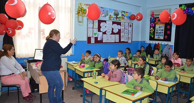 Kuşadasında okullara geri dönüşün eğitiminde yeni dönem başladı