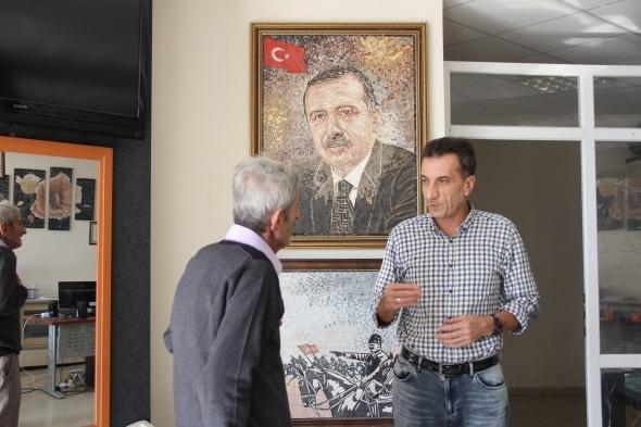 Savaştan kaçtı, Mersin'de kurduğu mozaik atölyesiyle dünyaya açıldı