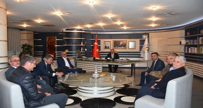Başkan Ay'a CHP'den ziyaret