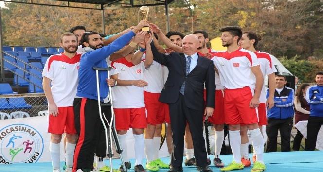 27 ülkenin katıldığı turnuvada dostluk kazandı