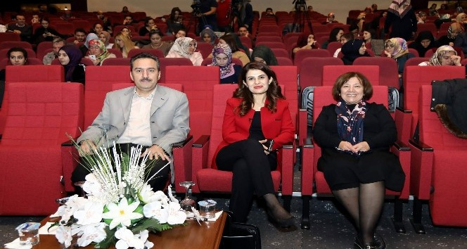 Erciyes Üniversitesi'nde 'Evlilik Okulu Seminerleri' başladı