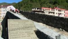 Artvindeki tarihi Demirciler Köprüsü yeniden restore ediliyor
