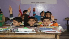 Savaş mağduru öğrencilere kırtasiye ve kışlık yardım