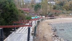 Güzelcehisar köyü plajına yapılan 850 metrelik platforma köylüler tepki gösteriyor