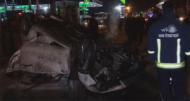 Vanda trafik kazası; 3 yaralı  Van haberleri