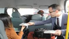 Gercüşte yolculara kitap hediye edildi