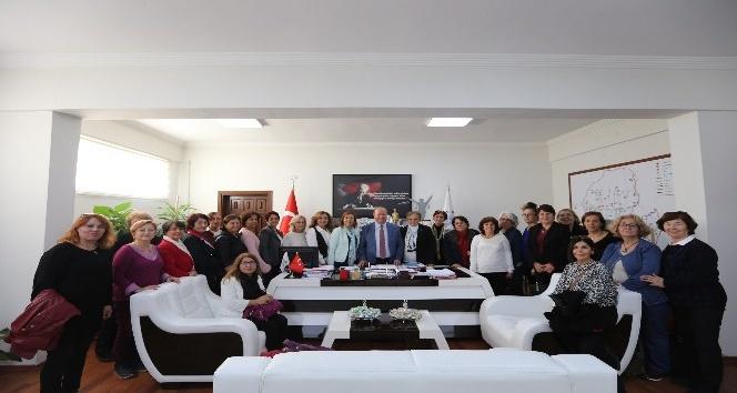CHP Nilüfer Kadın Kollarından Başkan Özakcan'a ziyaret