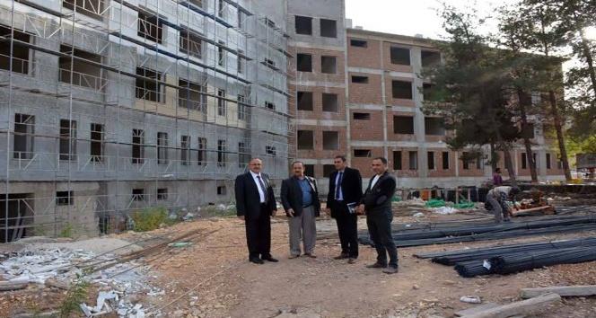 Okulların inşaatları hızlı şekilde yükseliyor