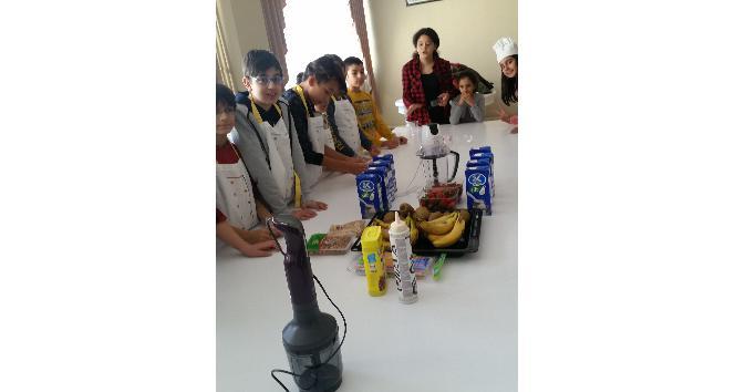 Öğrenciler mutfakta yeteneklerini gösterdi