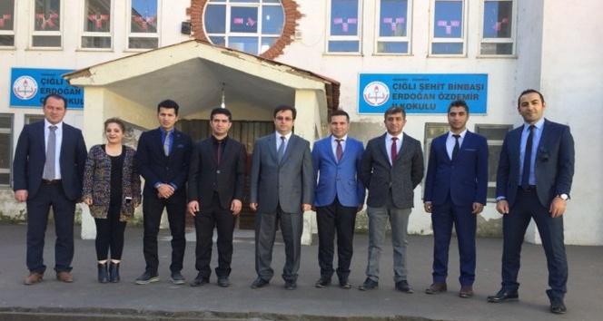 Müdür Durgun, sınırdaki okullarda incelemelerde bulundu