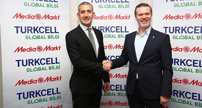 Turkcell Global Bilgi ve MediaMarkt, Edirnedeki gençlere iş imkanı