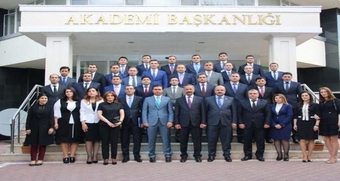 TİKA'dan Azerbaycanlı hakim adaylarına eğitim
