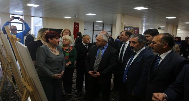 Gürcistan Kutaisi Devlet Müzesi sergi açılışına yoğun ilgi