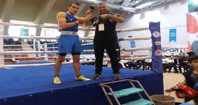 Yalovalı boksör Aydın'da üçüncü oldu