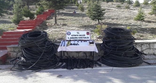 Jandarmadan 'kablo hırsızlığı şebekesi'ne operasyon