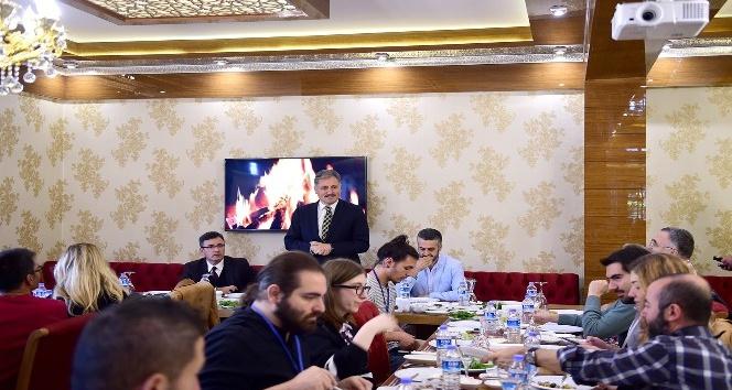 Başkan Çakır, sinema yazarları ile bir araya geldi